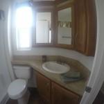 Park-Model-bathroom